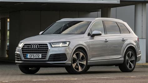 Review Of Audi Q7 by Audi Q7 3 0 Tdi Se 2017 Review Car Magazine
