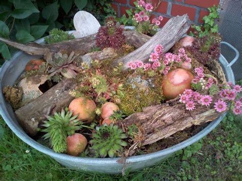 outdoor dekorieren ideen fã r zinkwanne bepflanzt garten gardens