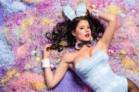playboy playmates christmas 270 best images about amanda cerny on tight amanda cerny and mtv