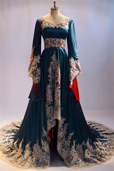 Luxurious Ink Blue Arabic Style Evening Dress Red Crystals Summer Kaftan Style Dresses