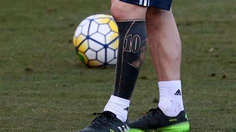 tattoo de lionel messi en la pierna messi ti 241 e de negro su tatuaje de la pierna izquierda
