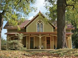 american style carpenter revival