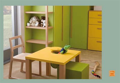 tavolo per bimbi complementi per la cameretta e design per bambini