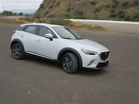 mazda cx3 custom 2016 mazda cx 3 pictures 2016 mazda cx 3 145 u s news