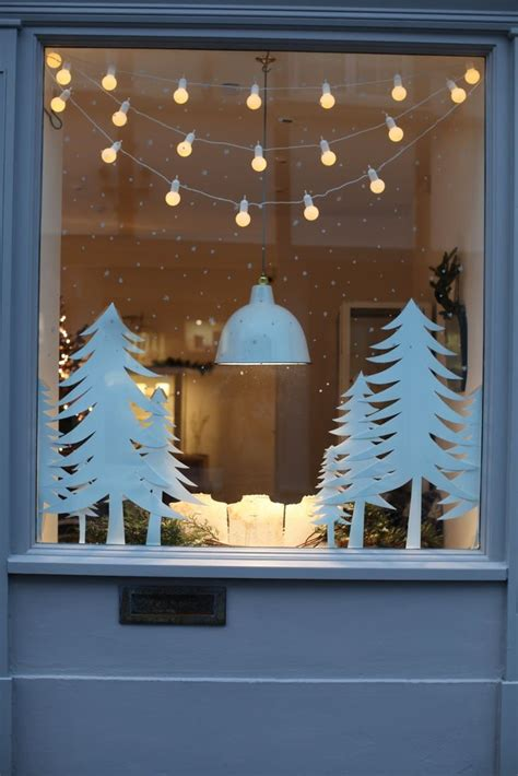25 best ideas about christmas window lights on pinterest