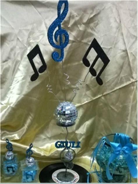 centros de mesas de notas musicales para 15 valentino cotillon centro de mesa musical