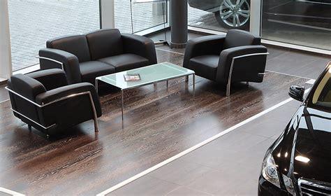 kunststoffstühle weiss sitzgruppe leder schwarz autohaus beige braun rot bordeaux