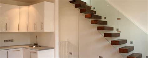 Glasgeländer Günstig by Treppe Wand Design