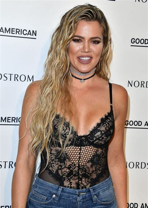 khloe fans meltdown selfie what s wrong with mirror