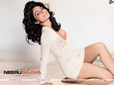 neeru bajwa husband neeru bajwa hot neeru bajwa masala pics and comments 24 x 7 100000 hot pix 1 crore