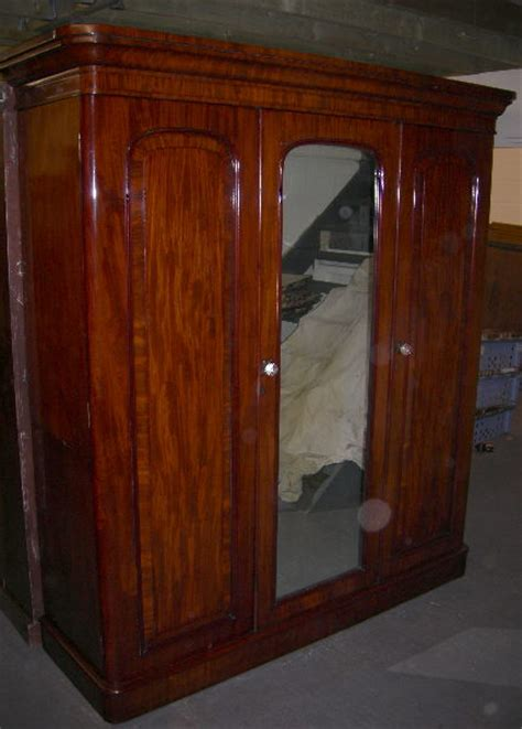 Antique Mahogany Wardrobes by Antique Furniture Warehouse Antique Mahogany