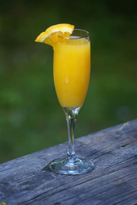 madiolsoir blog entertain exchange non alcoholic mimosa drink recipe