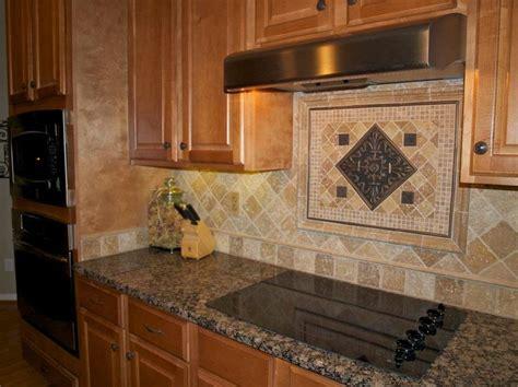 ideas  travertine backsplash  pinterest beige kitchen travertine tile