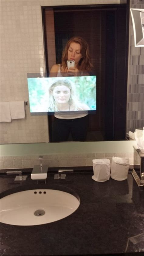 Khloe Bathroom by I M Trying The Khloe Workout Right