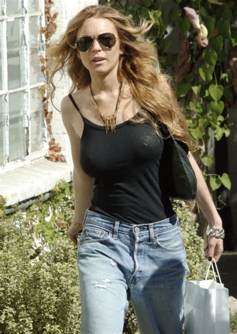 The Look For Less Lindsay Lohan by Your Daily Bra Less Lohan Today S Evil Beet Gossip