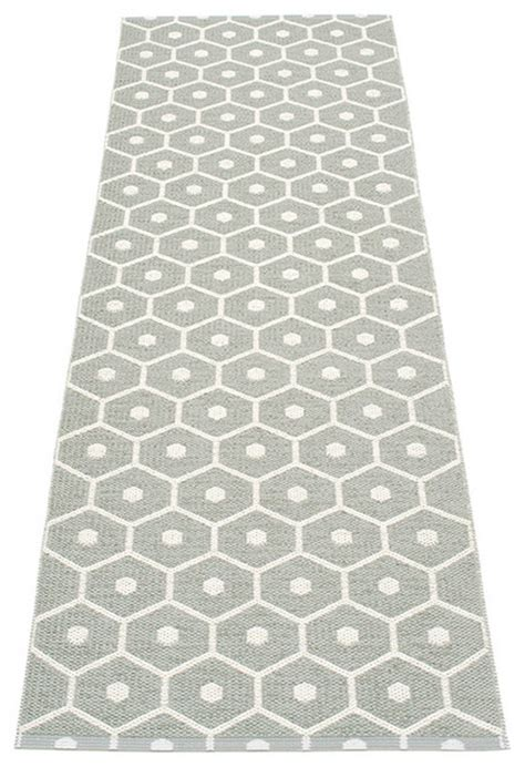 Plastic Runner Rug Pappelina Honey Plastic Runner Warm Grey Contemporary Rugs By Sotsak