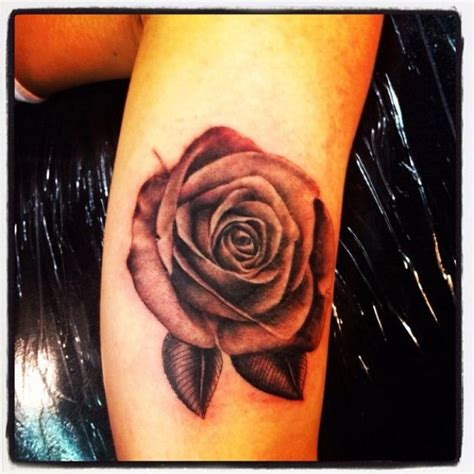 rose price tattoo best 25 vintage tattoos ideas on stop