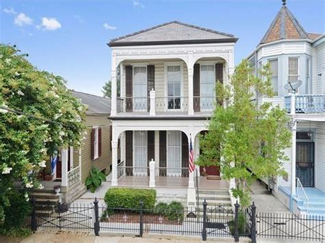 10 homes for sale along the st charles avenue streetcar