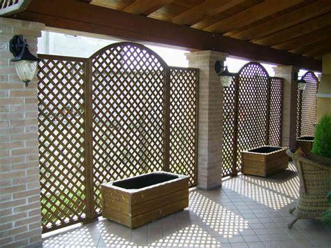 grigliati in legno per terrazzi grigliati per terrazzi grigliati e frangivento