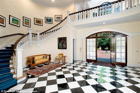 luther vandross house luther vandross connecticut estate on the market for 9m daily mail online