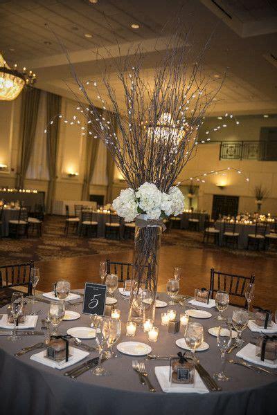 wedding centerpieces glass vases 25 best ideas about vase centerpieces on