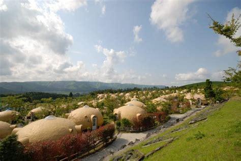 dome houses of japan made of earthquake resistant japan s earthquake resistant dome houses are made of styrofoam