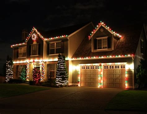 decorated christmas houses 1000 ideas about christmas house lights on pinterest xmas decorations christmas