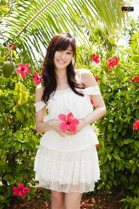 mikie hara mikie hara asian women model pink flowers hibiscus