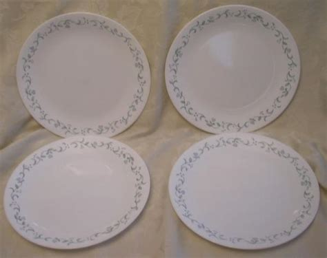heart pattern dinnerware 4 corelle country cottage pattern dinner plates hearts ebay