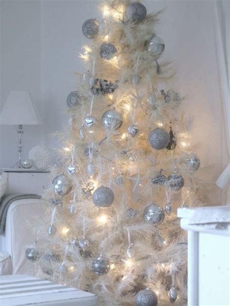 41 impressive vintage white christmas decorating ideas