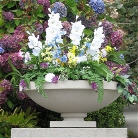 Frank Lloyd Wright Planter by Frank Lloyd Wright Bowl Shaped Sandstone Garden Planters Made In America 5 Color Choices