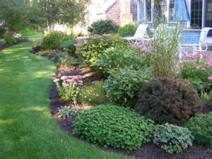 new england backyards new england backyards new england backyard landscaping ideas izvipi com