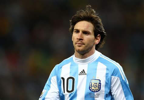 biography of player messi lionel messi biography football europe champions league