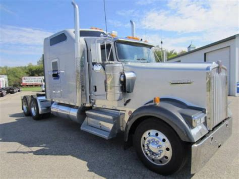 kenworth for sale by owner 2005 kenworth w900l for sale in omaha ne by owner