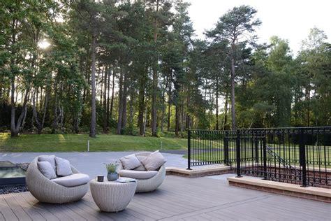 pavimenti in legno composito per esterni prezzi decking legno o wpc quanto mi costi considerazioni sui