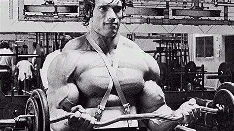 how much arnold schwarzenegger bench barbells vs dumbbells which is best learn how to bodybuild with learnbodybuilding net