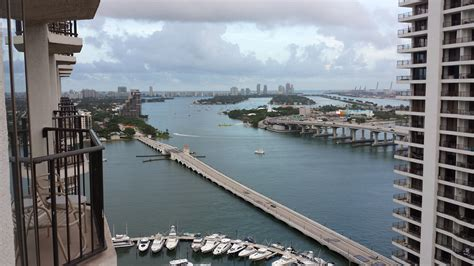 Dining Rooms Outlet Marriott Biscayne Bay Pre Cruise Hotel In Miami Cruisesource