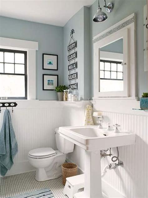 light blue bathroom walls best 25 painted wainscoting ideas only on pinterest