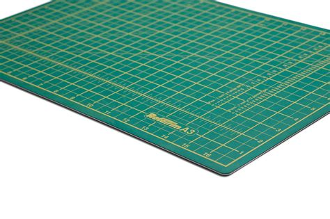 What Is A Self Healing Cutting Mat by Rotatrim A3 Self Healing Cutting Mat