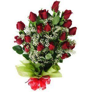 ramo de rosas rojas regalo perfecto para mama este 10 de mayo how to make a bouquet of red roses como decorar ramos de flores espaciohogar com