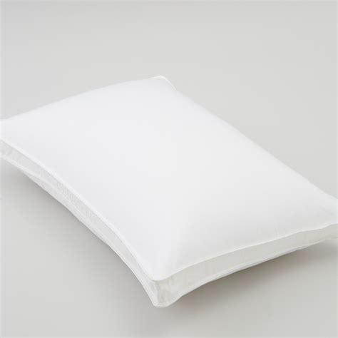 live comfortably medium memorelle pillow king