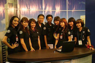 Celana Karyawan Net Tv essay soal penggunaan seragam di trans tv