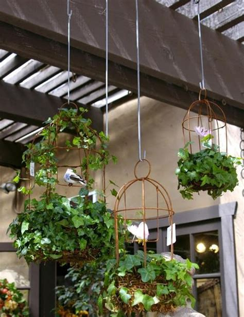 Handmade Garden Decor Ideas - diy backyard ideas turning metal wire into beautiful