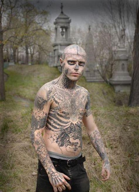 insane full body tattoo crazy tattoo 23 pics picture 17 izismile com
