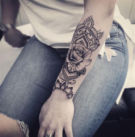 tattoo de rose resultado de imagen de mandala leaves