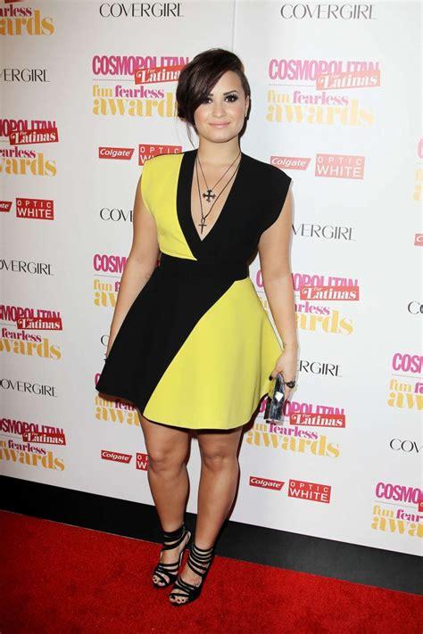 tosh demi lovato demi lovato black and yellow dress 03 gotceleb