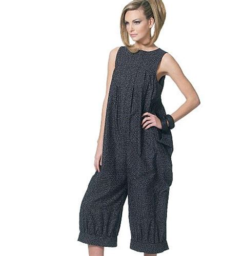 jumpsuit pattern vogue vogue patterns jumpsuits and vogue on pinterest