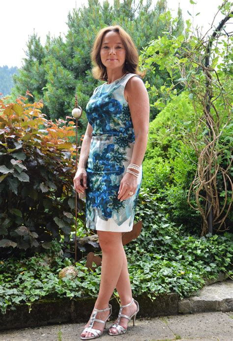 elderly women dresses and heels how to dress for a cocktail party blog for mature women
