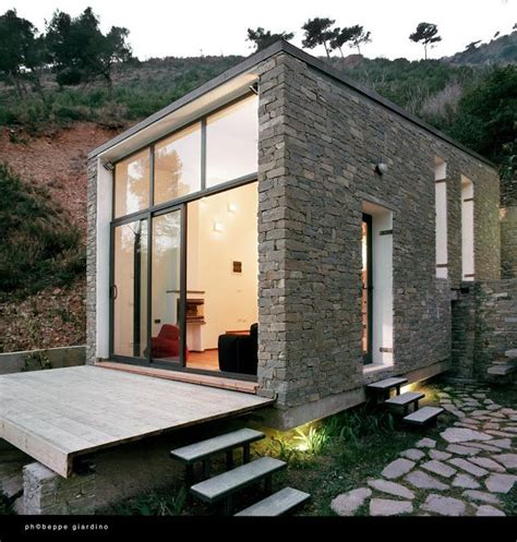 best 25 small homes ideas on pinterest small home plans best 25 modern tiny house ideas only on pinterest tiny