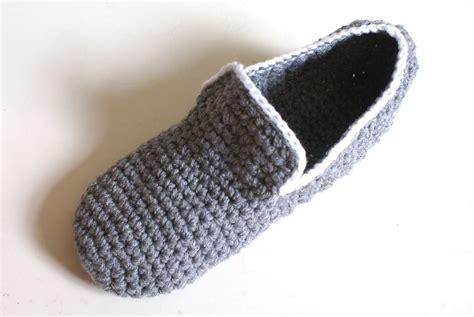 man feet get cold too men s house slippers on luulla man feet get cold too men s house slippers felt
